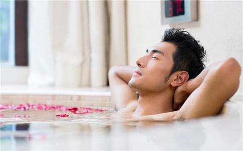 注意:频繁洗澡竟会损害免疫力